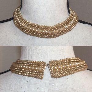 Vintage 1940's Pearl Collar